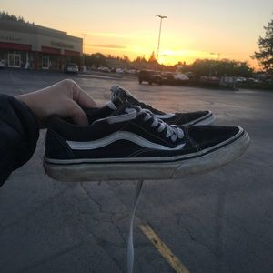 vans black old skool shoes